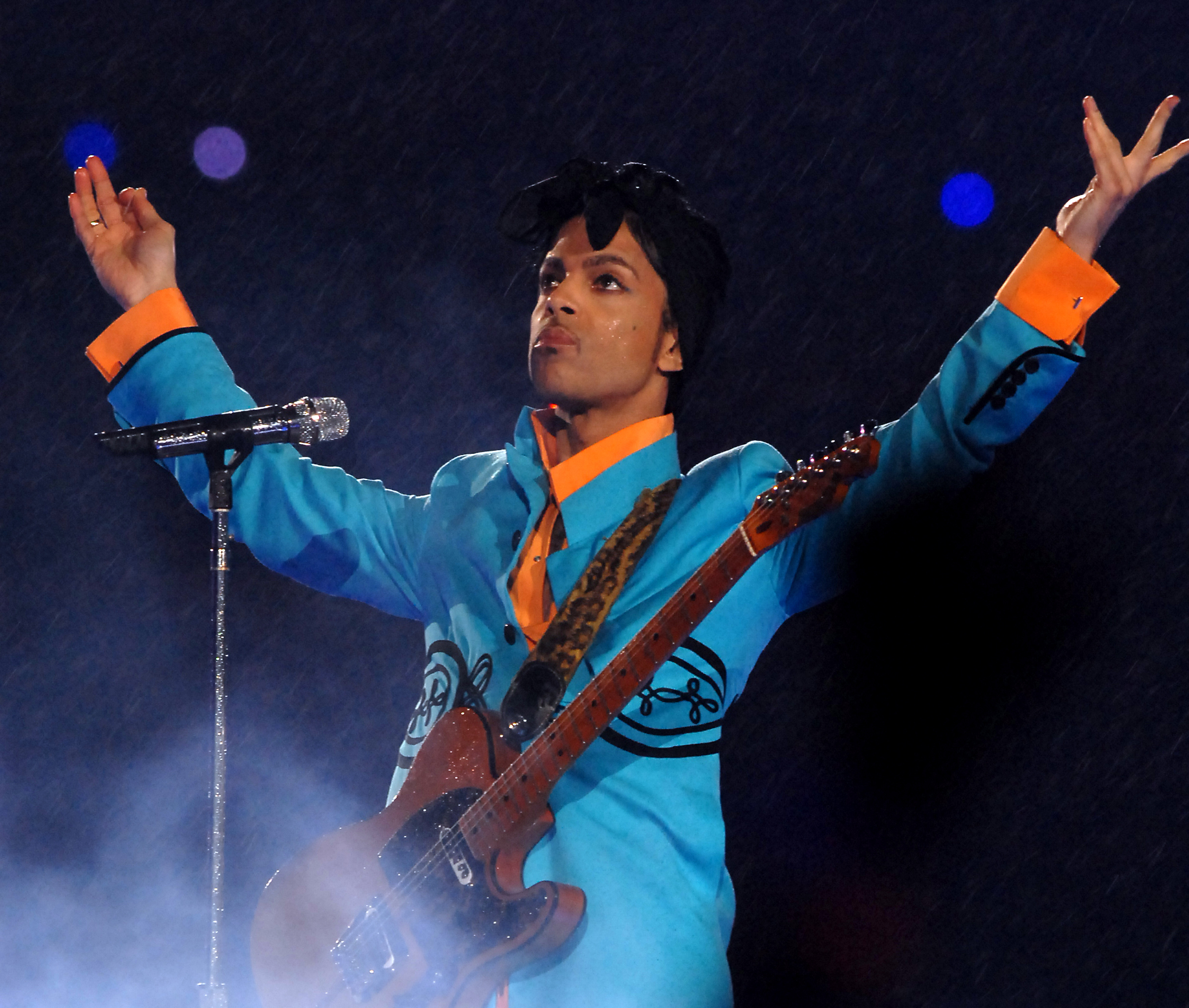 Prince S Afro On The Arsenio Hall Show Honoring Our